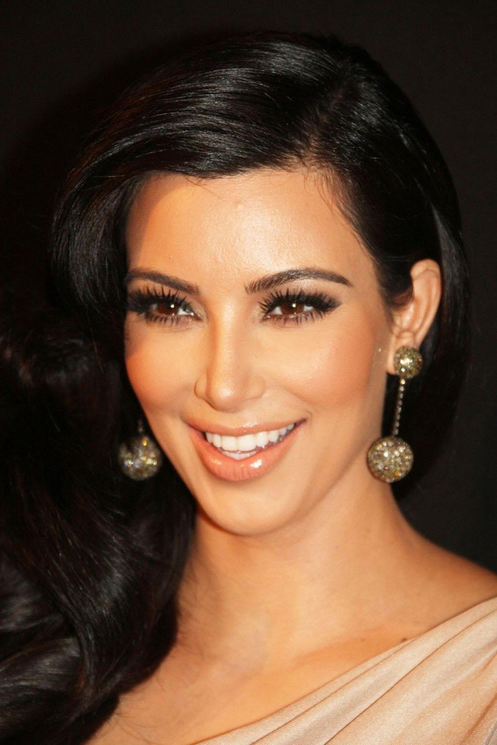 Kim-Kardashian-Style-makeup1024