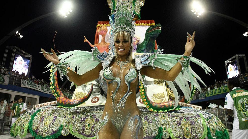 Juliana Salimeni carnaval 1000x563