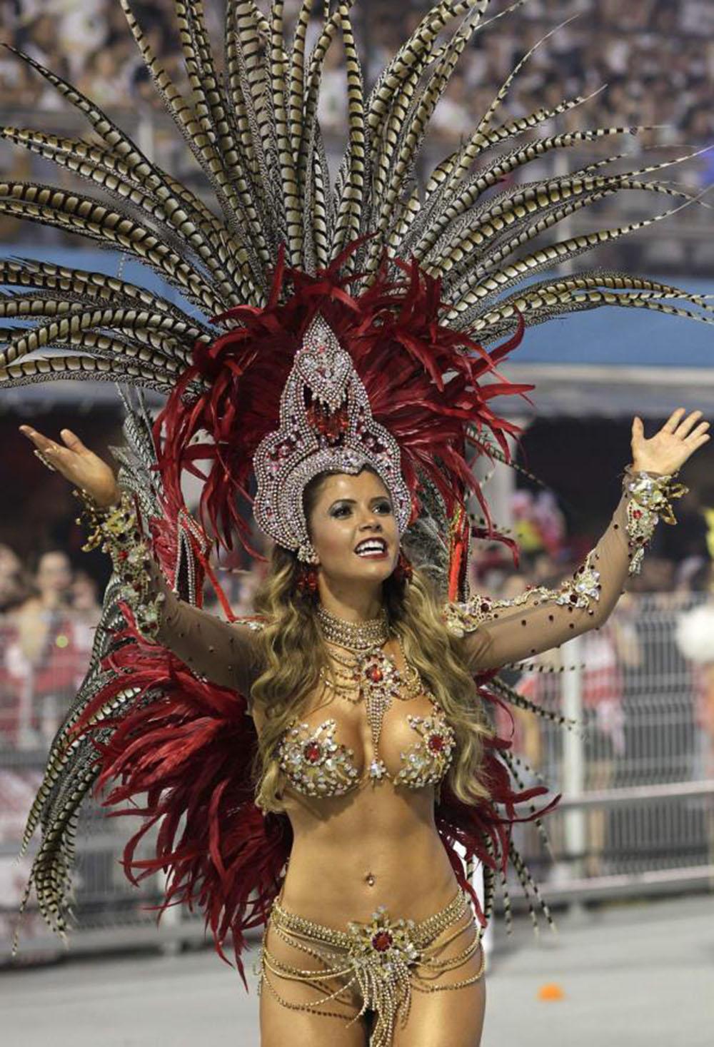 karneval05MTI1000x