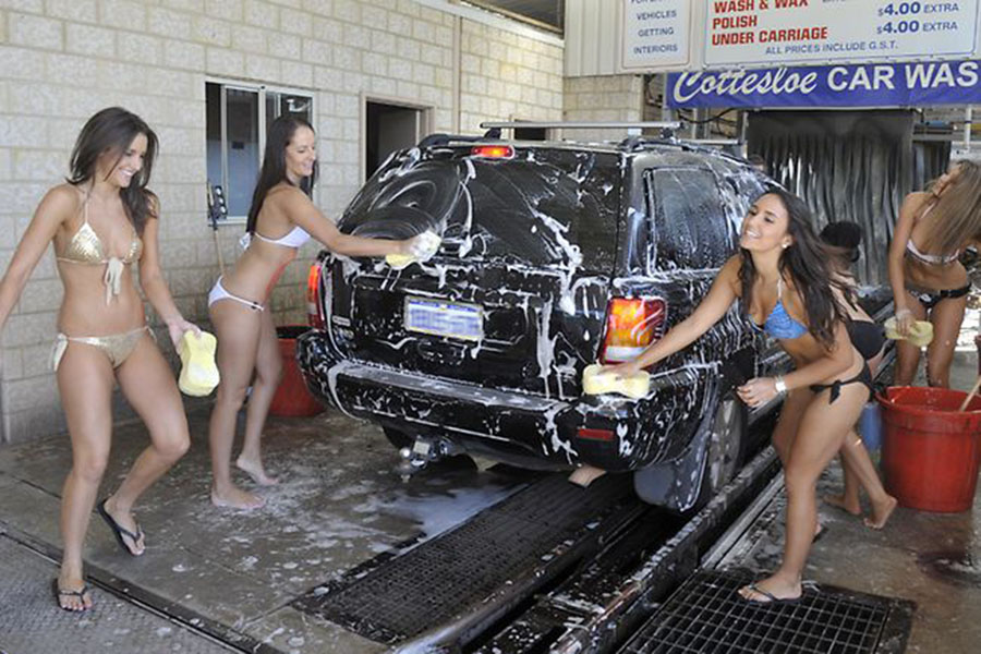 Cottesloe Bikini Car Wash 900x
