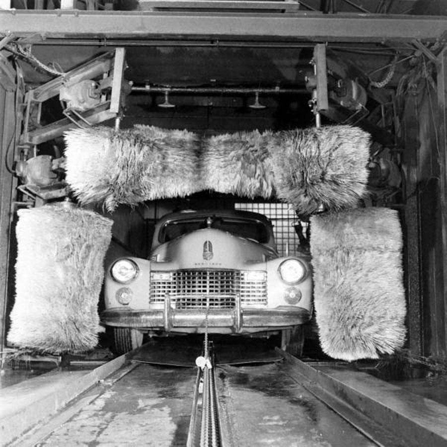Vintage auto car wash 900x